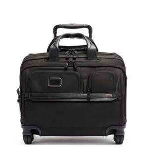 Tumi Deluxe 4 Wheeled Laptop Case Brief NWT BLACK